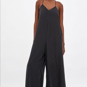 New with tags! Zara long flowey jumpsuit